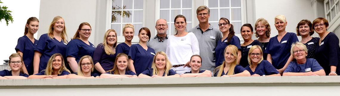 Das Team der Zahnarztpraxis in Bad Zwischenahn