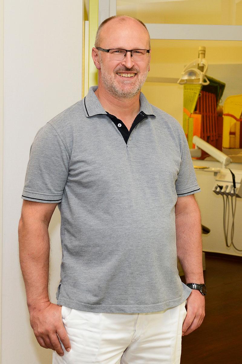 Zahnarzt Dr. Manfred Preuß aus Bad Zwischenahn